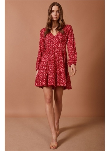 Never More Beyaz Çiçekli Elbise Kırmızı
